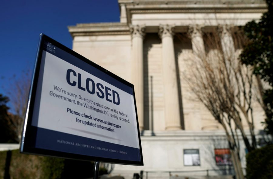 A sign declares the National Archive is closed due to a partial federal government shutdown in Washington, U.S., December 22, 2018.      REUTERS/Joshua Roberts - RC1AF19AC060