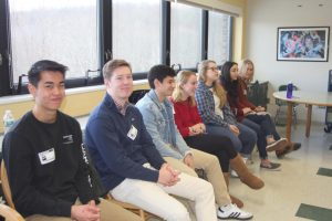 Wise College Frosh Advice Panel Visits BHS Seniors, Lessening the Stress