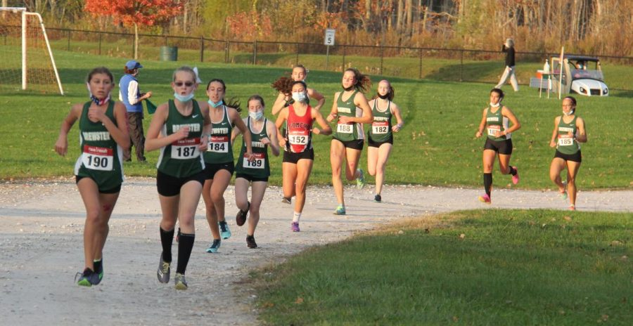 Taking the lead, runner Sarah Luby (187) paces herself for a hopeful and well-earned win.