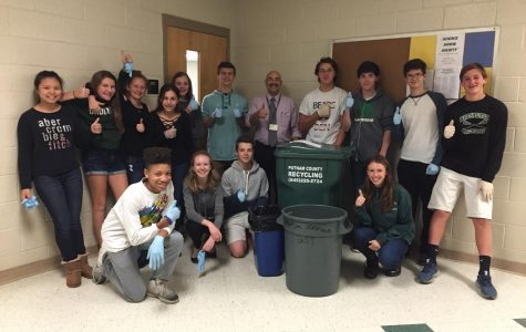 Science Honor Society Trash Talks the School