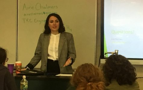 Alumnus Aine Chalmers' Visits AP Enviro Classes