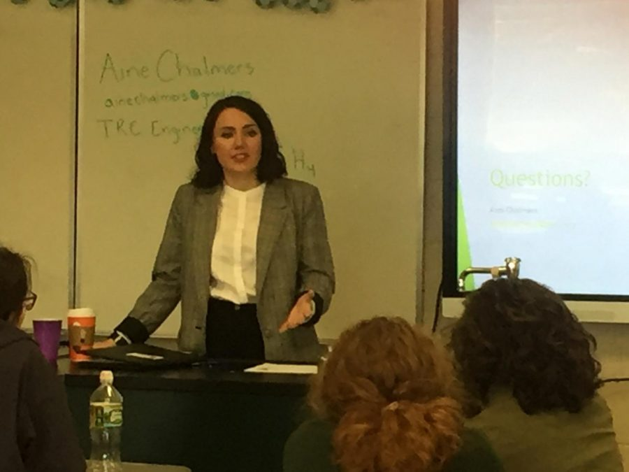 Alumnus Aine Chalmers' Visits AP Enviro Classes