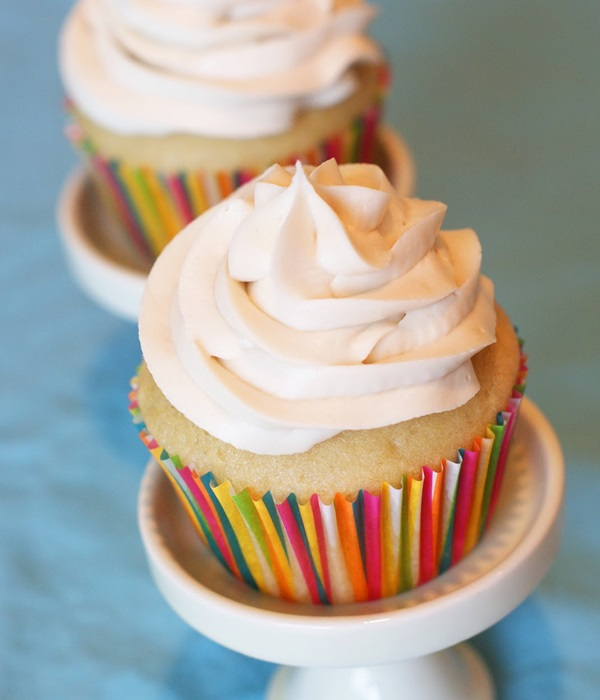 What%27s+Cooking+Around+BHS%3F+-+Kate+Vaughan%27s+Gluten+Free+Cupcakes%21