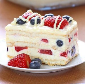 Whats Cooking Around BHS - Independence No-Bake Icebox Cake!